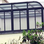 阳光房玻璃隔断设计