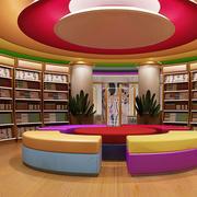 色彩明亮的书店装修