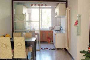 方便省力的厨房推拉门装修效果图