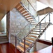 单身公寓楼梯装修
