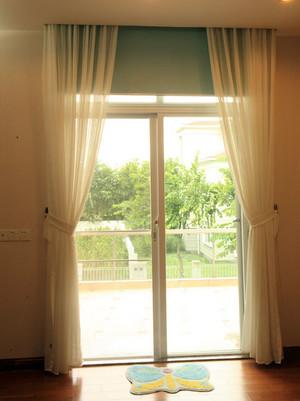 家用型电动窗帘效果图