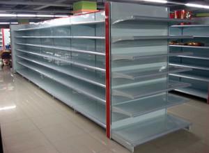 层次分明的超市货架装修效果图