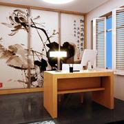 带有中式屏风设计的书房