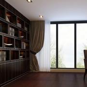 配有大型落地窗的飘逸小书房