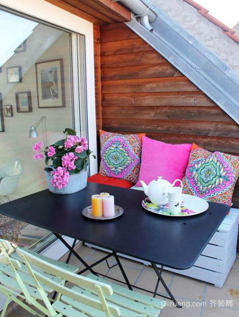 现代简约风格复式楼阳台装修效果图