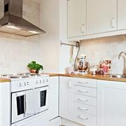 简约干净厨房设计