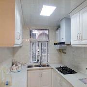 欧式整体厨房橱柜装修设计