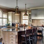 欧式别墅开放式厨房橱柜装修