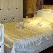 小卧室床效果图