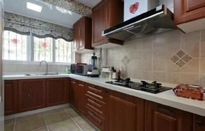 既美观有实用的大户型厨房装修设计效果图