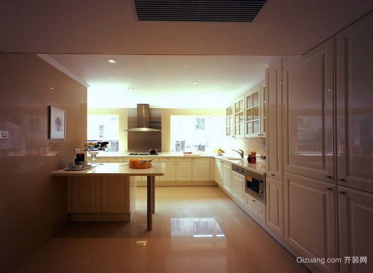 实用又美观:欧式厨房橱柜装修效果图大全