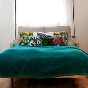 靓丽单身公寓小卧室装修