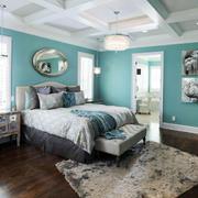 大户型卧室床铺设计