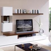 白色调电视背景墙