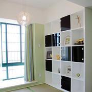 榻榻米房书柜装修设计