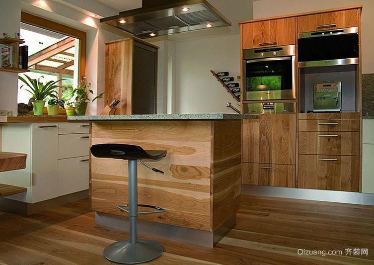 时尚典雅:大户型欧式风格厨房装修效果图展示