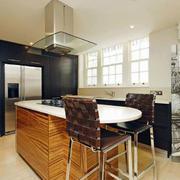 气质型厨房装修设计