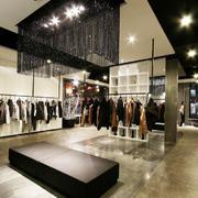 欧式大型时尚型外贸店装修效果图
