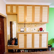 色调温馨的鞋柜设计