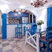 小型一居室白色吊顶设计