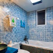 小型一居室户型之蓝色马赛克背景墙设计