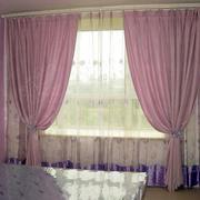 粉色调窗帘设计