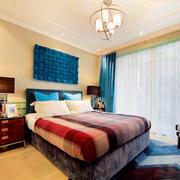 红色小户型卧室