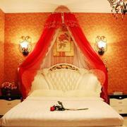 婚房床头灯饰设计