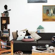 小型loft公寓简约棕色系沙发设计