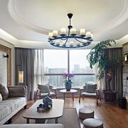 公寓客厅落地采光窗户展示