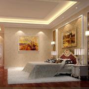 暖色调精心设计的现代卧室