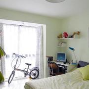 公寓卧室小书桌图