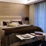卧室大型落地窗设计