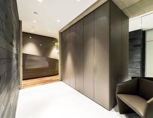 三室两厅精致玄关设计