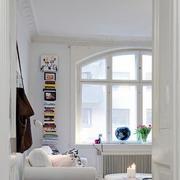 公寓客厅小书架设计