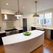 房屋开放式厨房装修