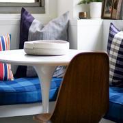 小户型客厅桌椅设计
