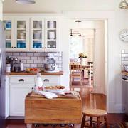 样板房厨房装修图