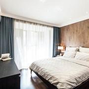 公寓卧室落地窗帘欣赏