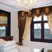灰色调飘窗窗帘设计