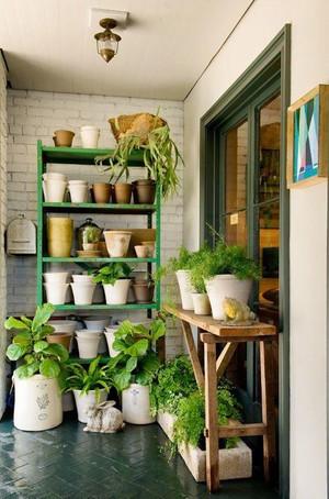 绿色创意型居家阳台