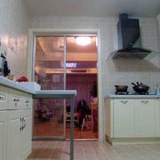 厨房玻璃推拉门效果图