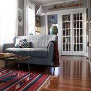 新房客厅沙发装修图示