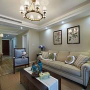 小户型客厅沙发装饰画