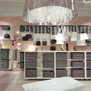 外贸型女装店装修设计