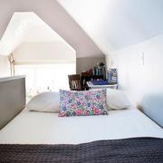 新房卧室装修设计