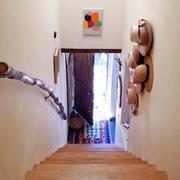 房屋极具乡村特色的楼梯装饰