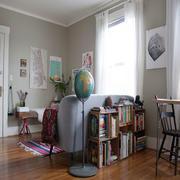 新房客厅小型飘窗设计