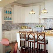 别墅厨房吊灯装修