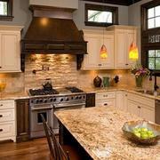 欧式古典风格厨房装饰